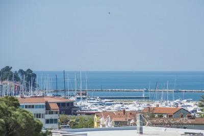 Apartment with sea view, Novigrad